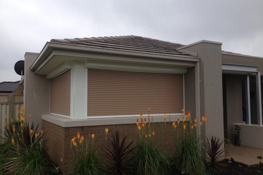 Corner window install Pakenham